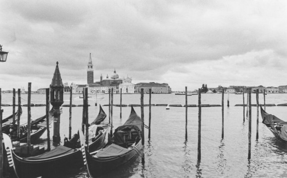 Venezia, pellicole e pioggia